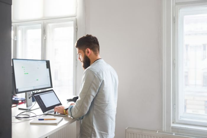 standing desk posture